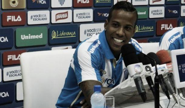 Guilherme Santos deve deixar o Avaí sem entrar em campo