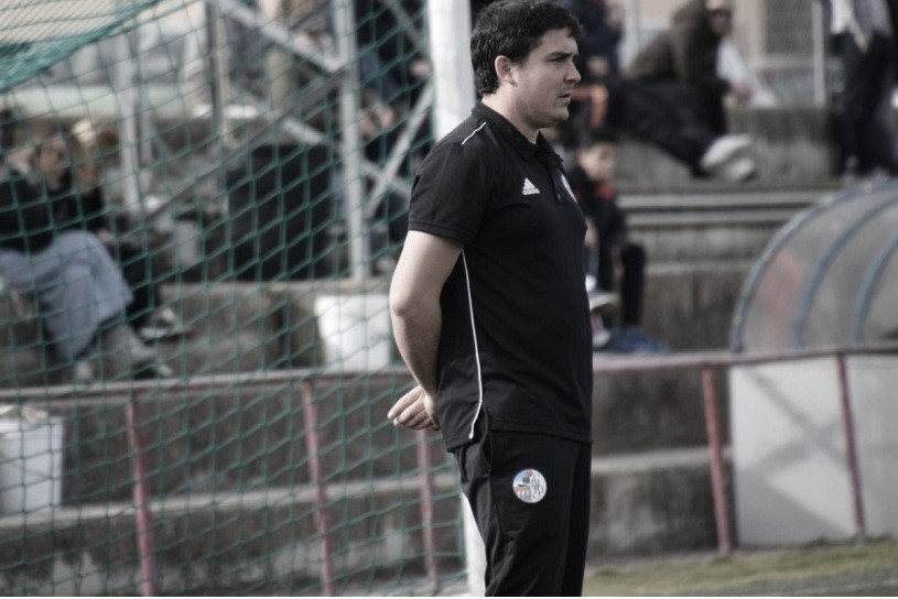 Guillén, entrenador del Salamanca CF B. Foto: Salamanca CF