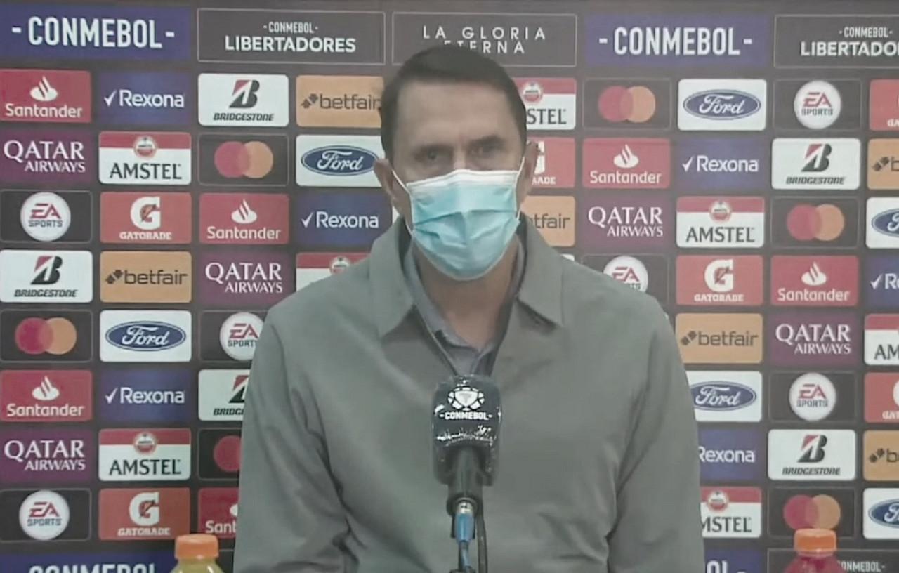 """Alexandre Guimarães: """"Hay situaciones que condicionan totalmente las decisiones arbitrales"""""""