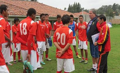 El argentino Gustavo Ghirlanda en la directiva del Deportivo Cuenca