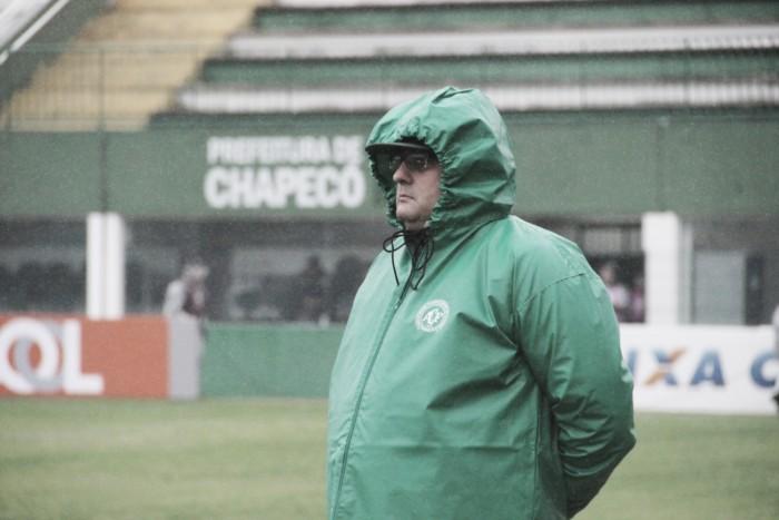 """Guto Ferreira agradece apoio da torcida da Chapecoense: """"Foram fundamentais"""""""