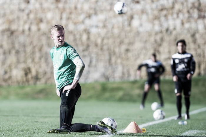 Dutch 'keeper Guy Smit handed trial with Arsenal