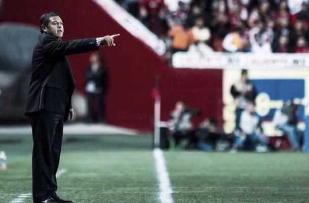 """Daniel Guzmán: """"Faltan tres juegos y estamos acariciando nuestro objetivo"""""""