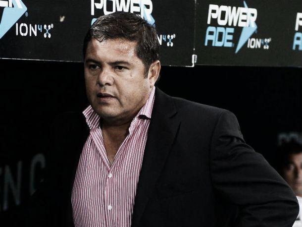 Daniel Guzmán está dispuesto a dirigir a Leones Negros