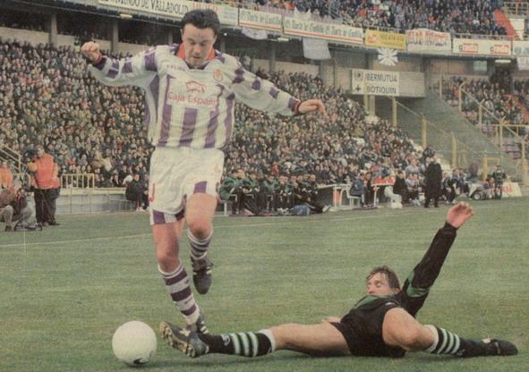 Peternac, delantero del Valladolid
