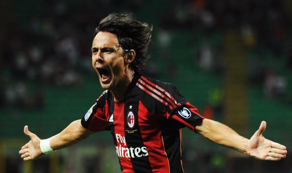 Inzaghi comemorando um de seus gols com a camisa do Milan (FOTO: Reprodução/Zimbio)