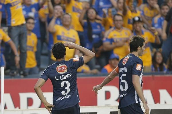 http://euro.mediotiempo.com/media/2013/04/29/el-defensor-pudo-marcar-el-gol-de-la-diferencia-en-el-clasico-regio.jpg