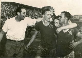Luiz Villa e Waldemar Fiúme comemoram o título do Palmeiras