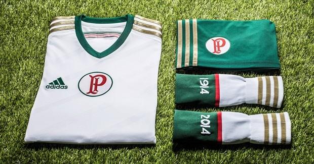 Novo uniforme do Palmeiras, inspirado em time tricampeão paulista (Foto: Divulgação)