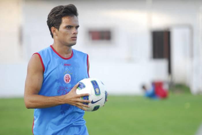 Norberto fez boa temporada pelo América-RN em 2013 (Foto: Divulgação/América-RN)