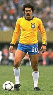 Rivelino, al rescate de Brasil (taringa.net)