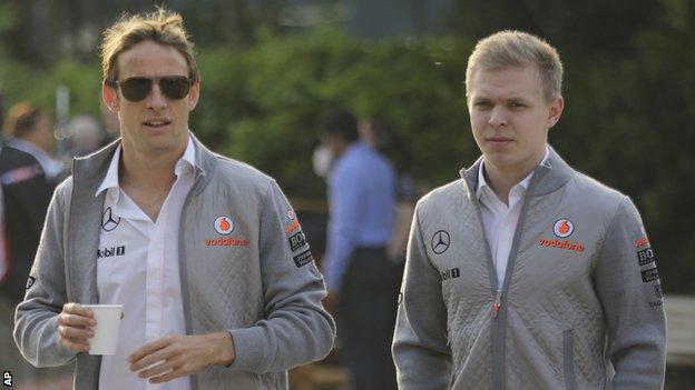 Button ainda tem hipóteses de permanecer na equipa. Já Magnussen deve ter o lugar assegurado para 2015 ( imagem: bbc.co.uk)
