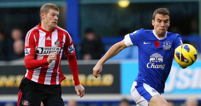 McClean, sin el poppy, contra el Everton en 2012. Fotografía: Getty Images.