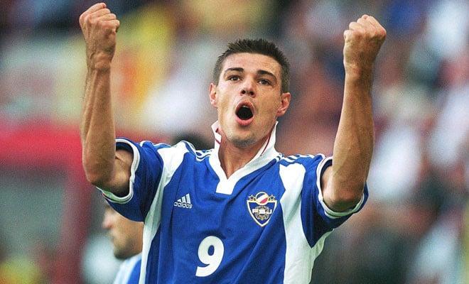 Milošević con la selección yugoslava en la Eurocopa de 2000. Fotografía: news.zing.vn.