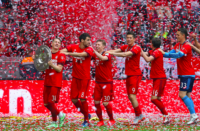 Schweinsteiger leads the celebrations in his final game at the Allianz Arena