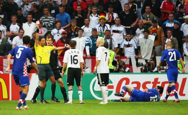 Schweinsteiger (middle) sent off for a bad reaction to a Leko tackle