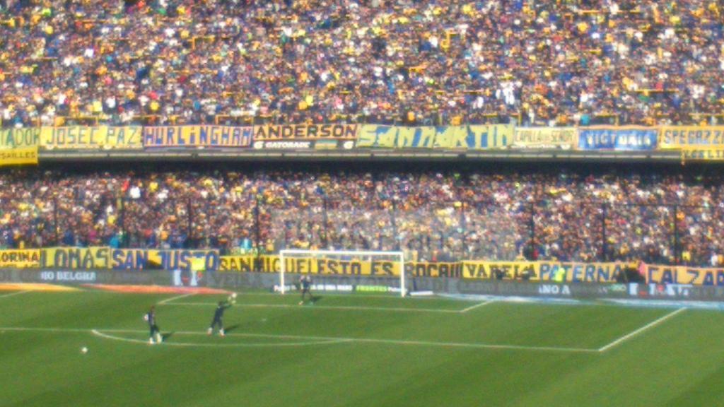 ¡Ya se preparan los equipos para ingresar! Se viene Boca - Quilmes