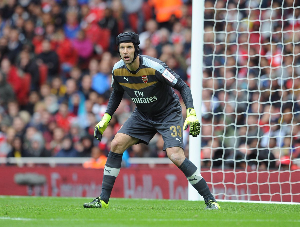 Cech in friendly action for the Gunners