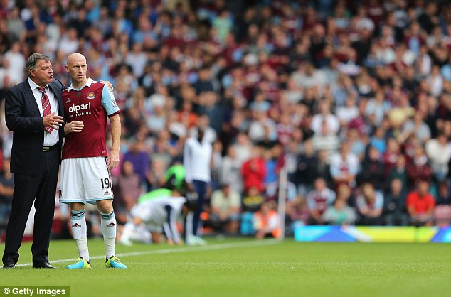 Sam Allardyce is keen to reunite with James Collins at Sunderland, according to reports.