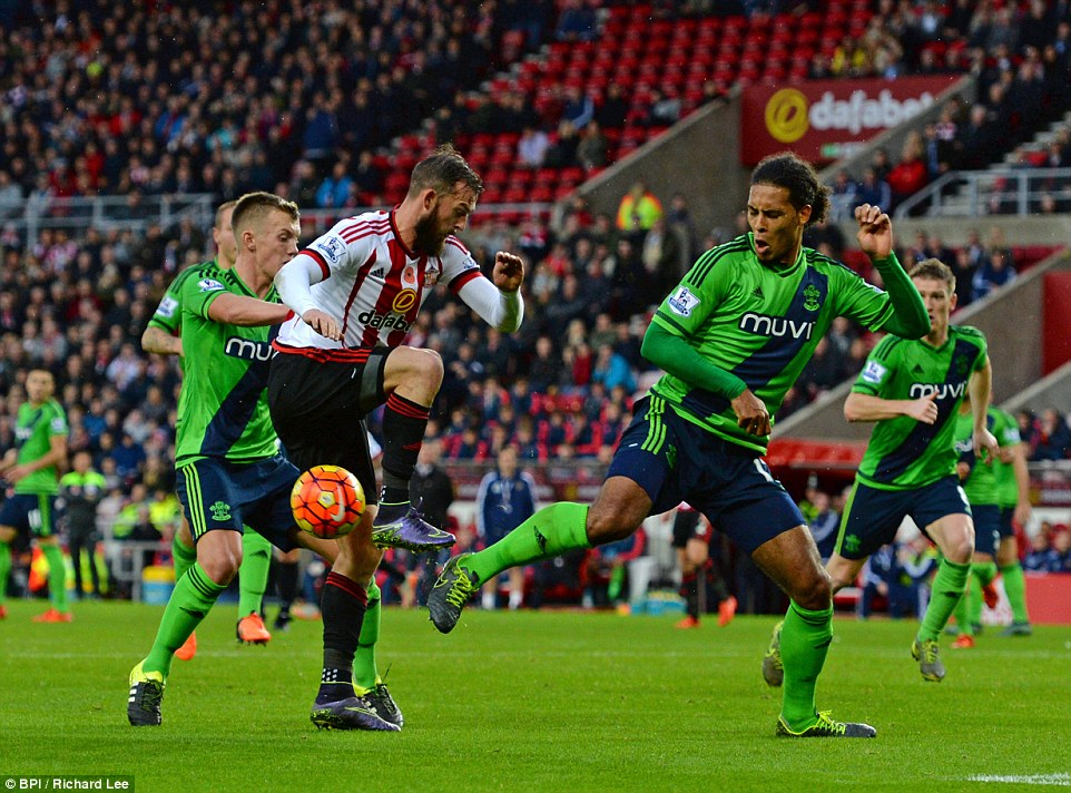 Steven Fletcher was more than isolated in Sunderland's 1-0 defeat at home to Southampton last time out.