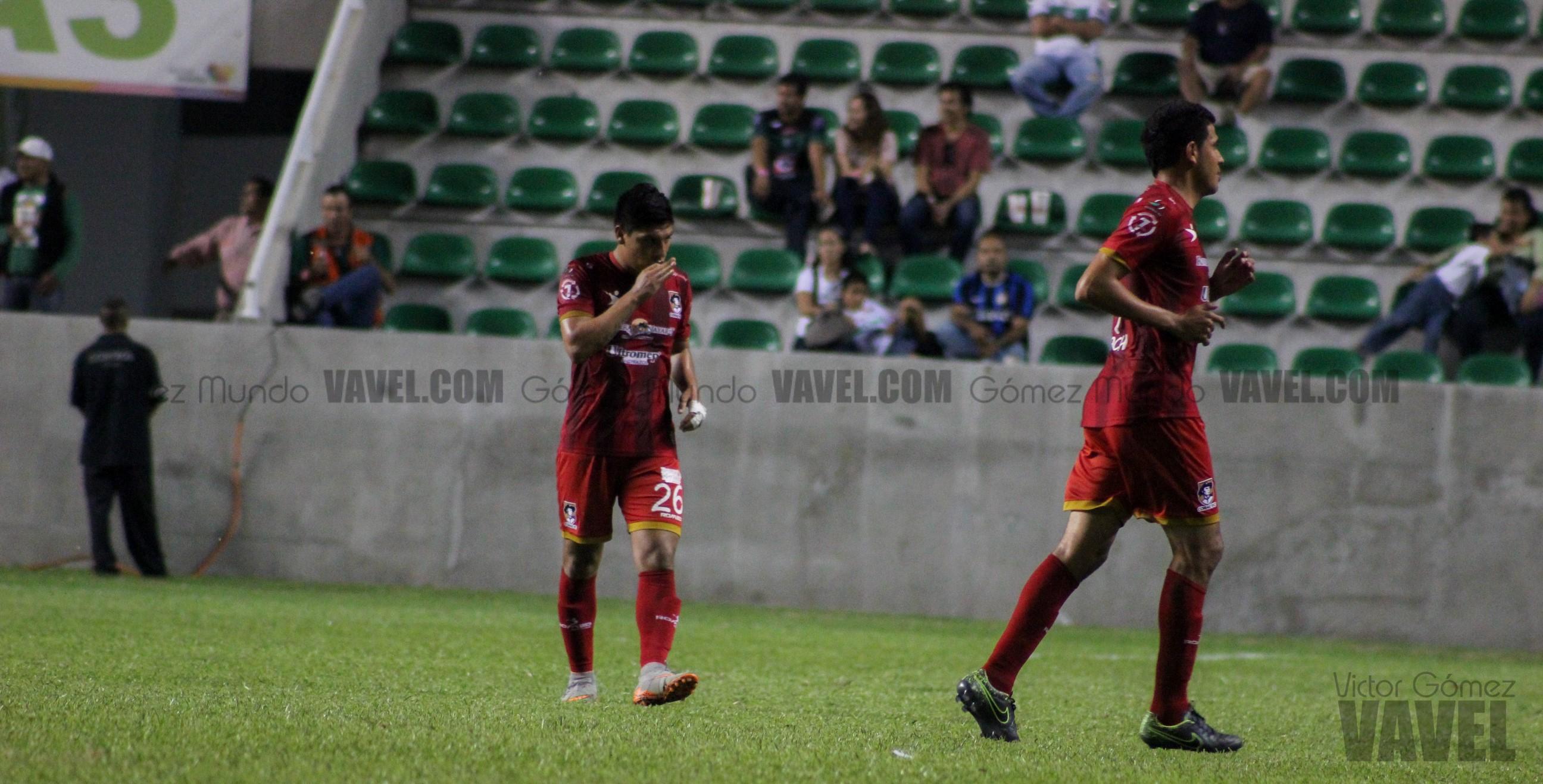 (Carlos Esparza decretó el 1-2 en el partido)