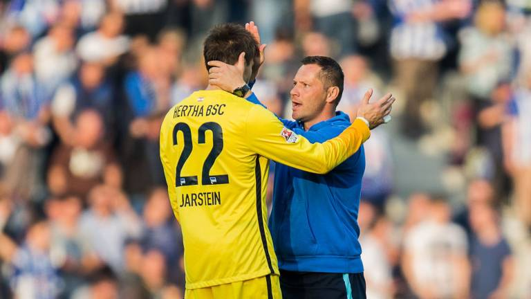 Jarstein (L) and Dardai (R) have got on extremely well since the former became number one. (Image credit: BZ.de)