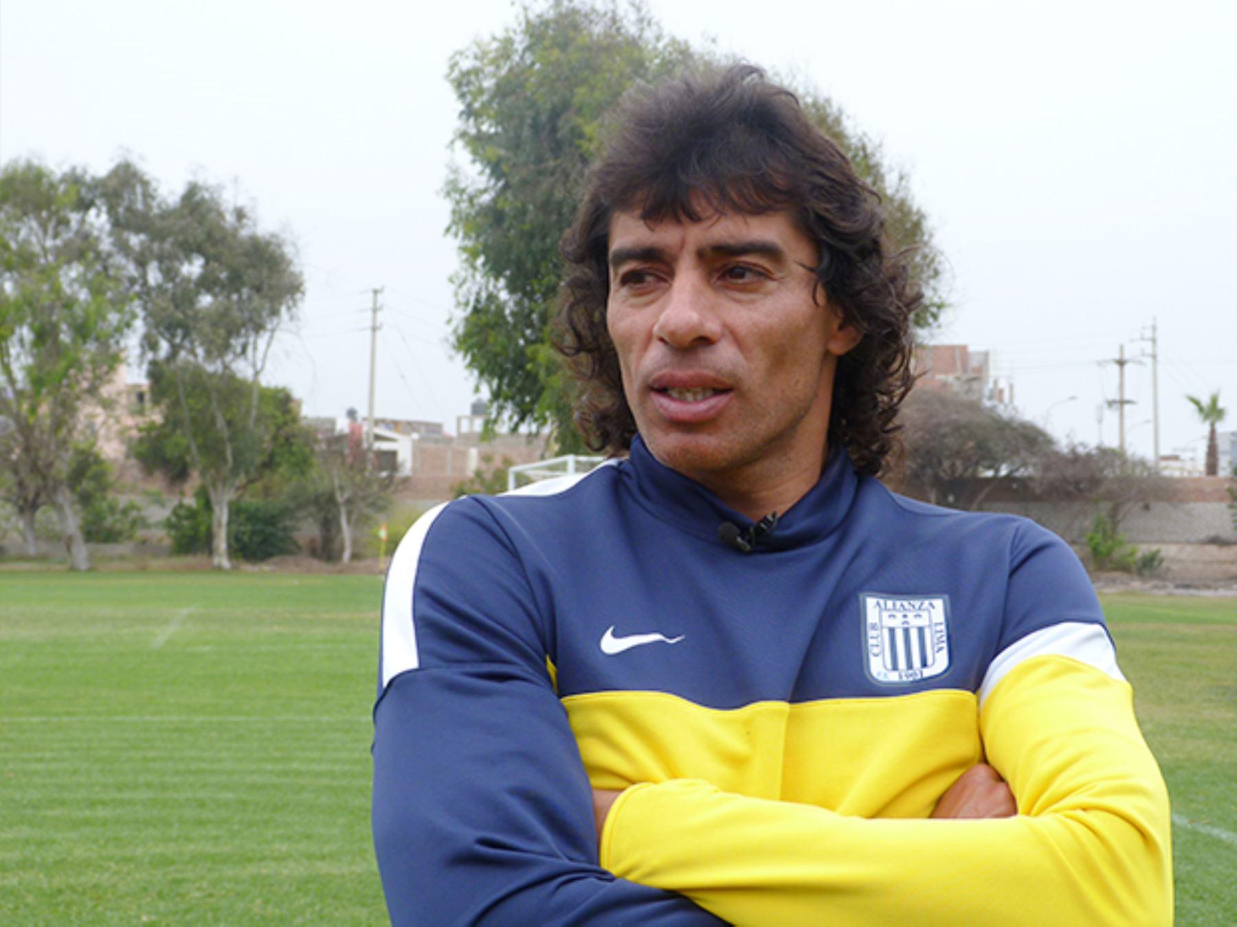 Entrenador Universitario - Alianza Lima