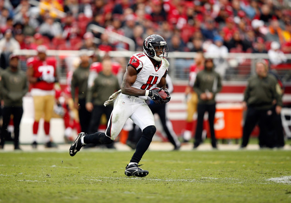 Julio Jones running with the ball against the San Francisco 49ers
