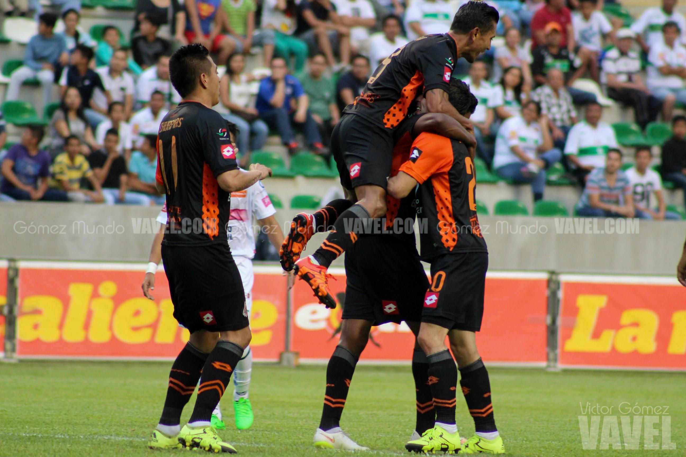 (Alebrijes festeja gol ante Zacatepec)