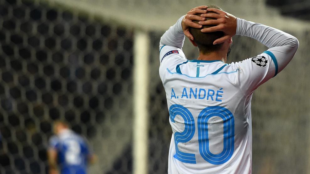André André se lamenta tras fallar una ocasión