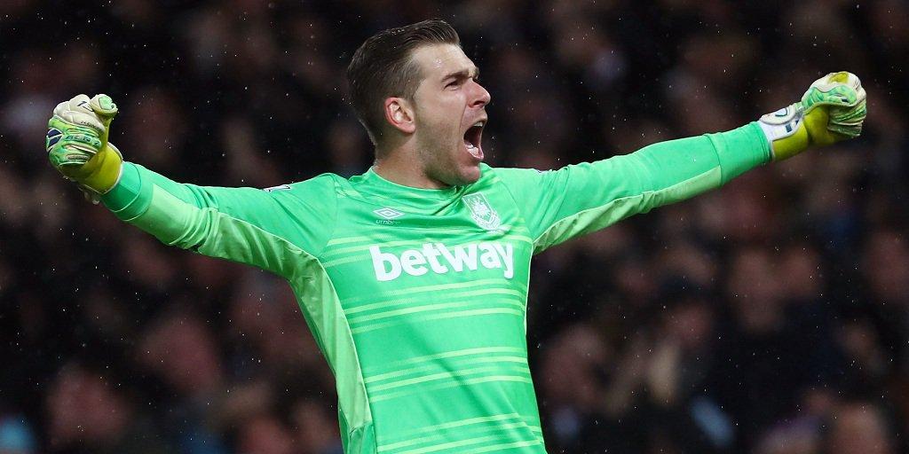 Adrián evitó el empate del Tottenham. Vía: West Ham United