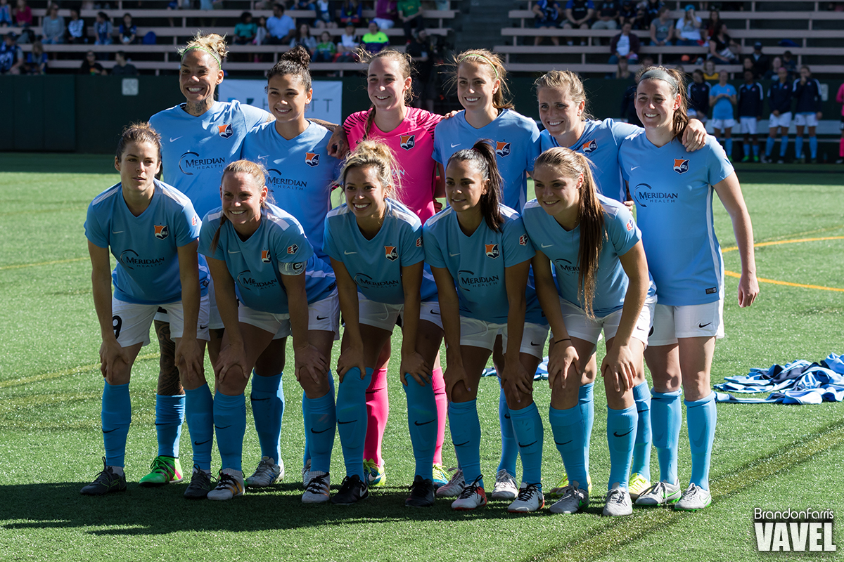 Sky Blue pre-game image, all players ready fir another NWSL season (Photo: Brandon Farris/ Vavel USA)