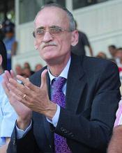 الجزائري قرباج أبرز مرشح لرئاسة الإتحاد العربي لكرة القدم