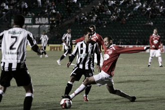 Com retorno de Zé Love, Figueirense recebe Vila Nova em duelo de opostos na tabela da B