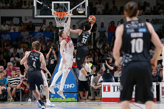 Legabasket Serie A - Trento vince in rimonta ed impatta la serie (77-74)