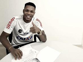 Santos acerta empréstimo de Matheus Jesus até o fim da próxima temporada
