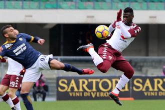 Serie A - Hellas cinico e di cuore, il Torino crolla a Verona: doppietta di Valoti, 2-1 al Bentegodi