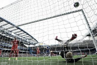 Liga inglesa: Chelsea atropela o timido campeão Leicester