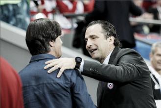 """Juan Antonio Pizzi: """"El resultado me deja tranquilidad a pesar de que nuestra ilusión era ganar"""""""