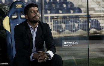 Estoril humilhado, treinador afastado