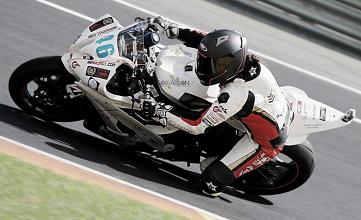 El Champi Women Racing representa a la mujer en el motociclismo