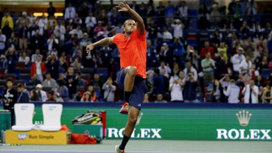 Tsonga sort Nadal et affrontera Djokovic en finale