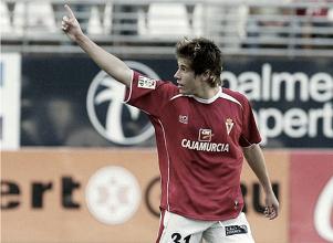Dani Aquino vuelve a casa, vuelve al Real Murcia