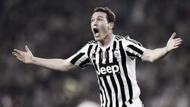 Juventus: Lichtsteiner non vuole partire