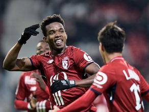 Thiago Mendes marca, Lille vence Saint-Étienne e deixa zona de rebaixamento