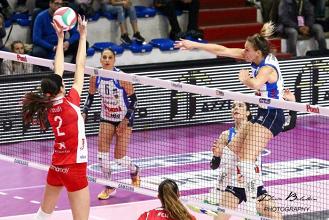 Volley, A1 femminile - Che equilibrio! Quattro su quattro a gara 3: adesso semifinali