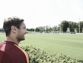 Roma - Totti ha deciso: continuerà a giocare