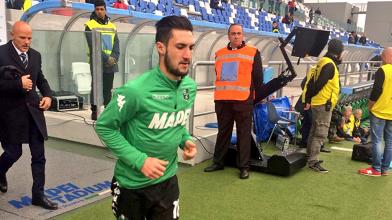 Matteo Politano, oggi fra i migliori in campo, durante il riscaldameneto pre-gara. | U.S. Sassuolo, Twitter.