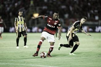 Lucas Silva, Jean Lucas e Pepê se destacam em vitória do Flamengo no Carioca; confira notas