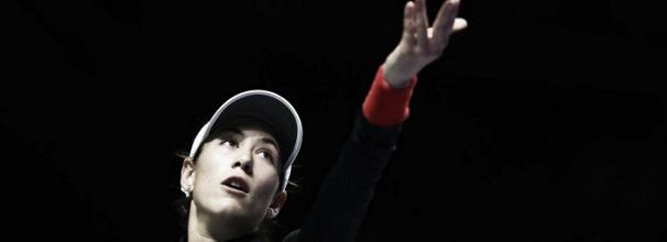 Muguruza estreia com vitória sobre Ostapenko no WTA Finals